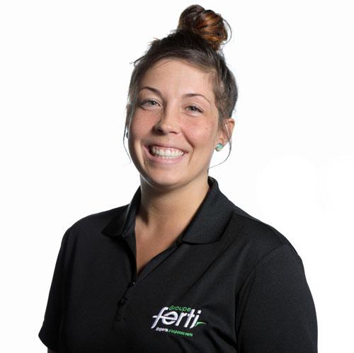 Edith Ouellet, technicienne en aménagement paysager et conseillère technique de l'équipe de Groupe Ferti