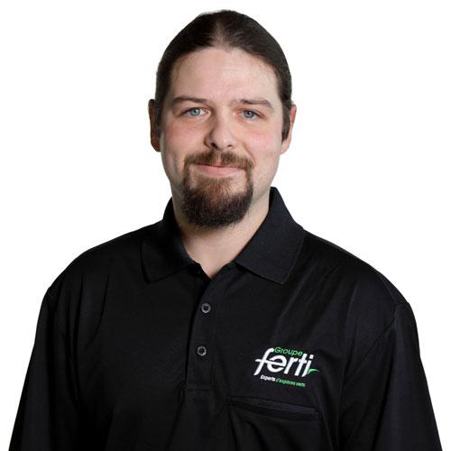 Jean Sébastien Beaudoin Technicien senior pelouse et arbre Conseiller technique de l'équipe Groupe Ferti