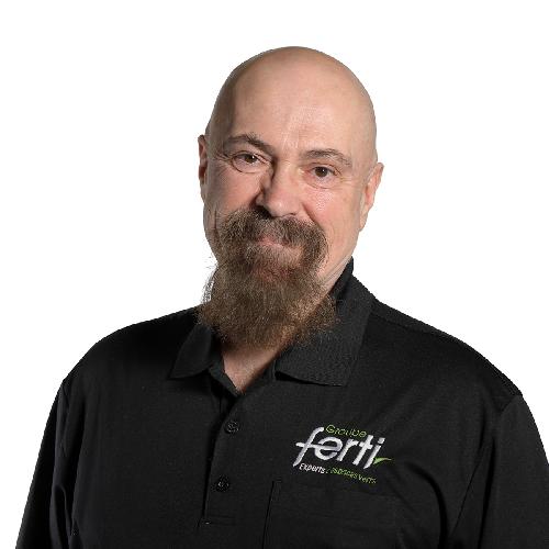 Denis Grondin, conseiller technique arbre et pelouse de l'équipe de Groupe Ferti